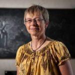 Prof Jolanda Roux receives IUFRO Scientific Award